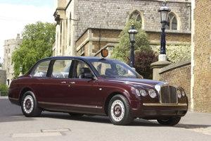 Zákazkové Bentley State Limousine dostala kráľovná Alžbeta II. v roku 2002 a používa ho dodnes.