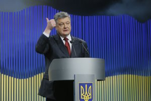 Ukrajine sa rozpad� vl�da. Nevie sa zbavi� oligarchov z minulosti