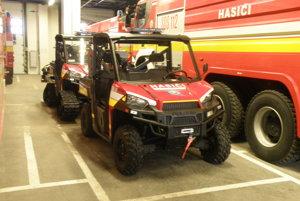 Prievidzskí hasiči majú k dispozícii rôznu modernú techniku.