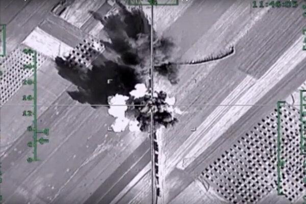 Rusi intenzívne bombardujú provinciu Aleppo.
