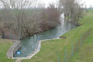 Rybovod povedie aj ponad kanál Perec, ktorý je napájaný z Hrona.
