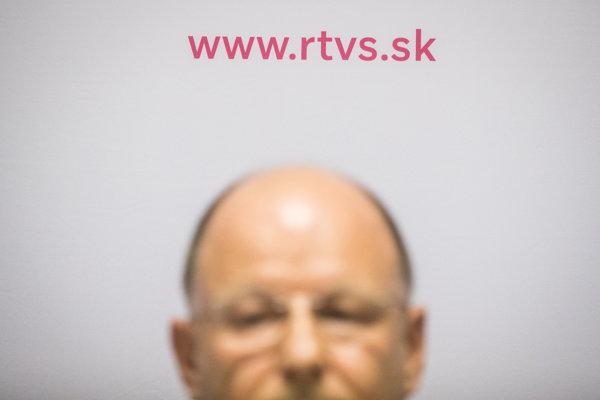 Po nástupe generálneho riaditeľa RTVS Jaroslava Rezníka atmosféru v sprovadajstve kritizovali viacerí redaktori.
