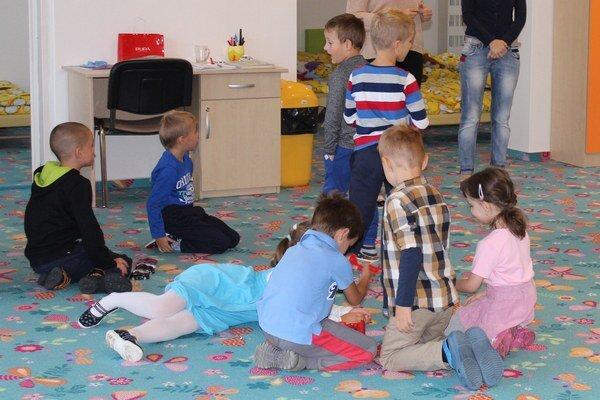 Deti v zrekonštruovanej triede.