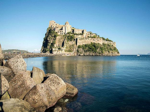 Aragónsky hrad, Ischia.