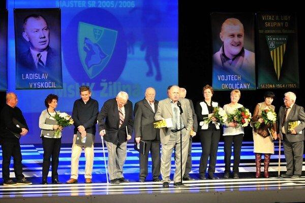 Mužstvo TJ Jednota Žilina, ktoré v sezóne 1964/65 vyhralo II. ligu skupiny D.
