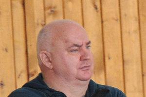 Futbalovo-basketbalový lodivod Andrej Keresteš.