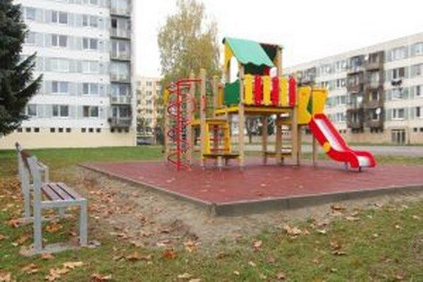 Na výstavbu ihriska využili projekt slovensko-poľskej cezhraničnej spolupráce.