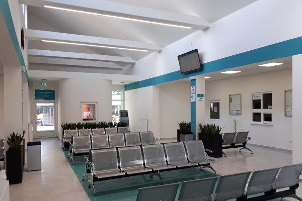 Modernizáciou čakárne sa skončila celá obnova autobusovej stanice.