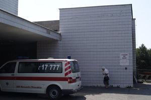 V Ružinovskej nemocnici po búrke nefungovali výťahy.