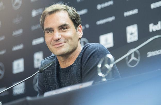 Na čele je medzi tenistami Švajčiar Roger Federer.