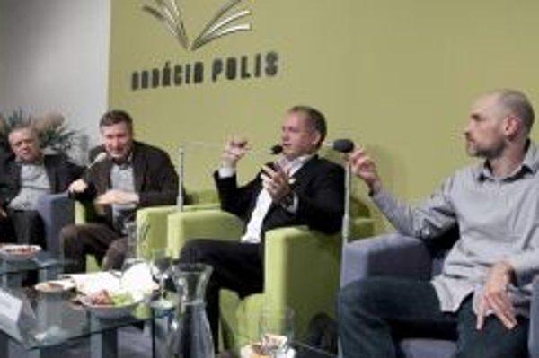 O filantropii diskutovali v Nadácii POLIS známi manažéri a predstavitelia neziskových orgamizácií.