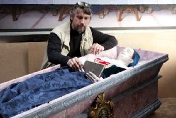 Akademický malair Stano Lajda, ktorý priložil ruku ku rekonštrukcii Žofie Bosniakovej