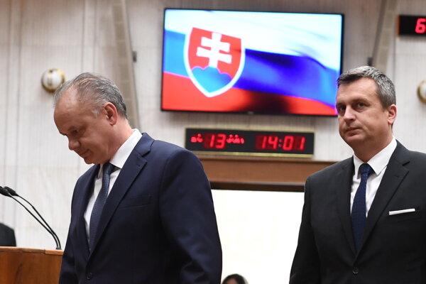 Prezident Andrej Kiska (vľavo) a predseda parlamentu Andrej Danko.