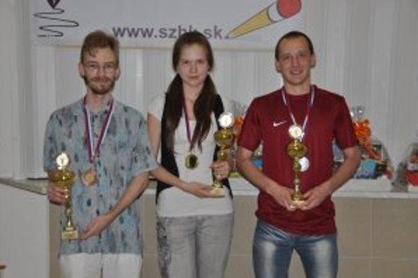 S trofejou majsterky Slovenska.