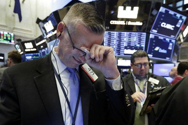 Ekonómov znervóznila anomália, ktorú nevideli roky. Predchádza recesiu