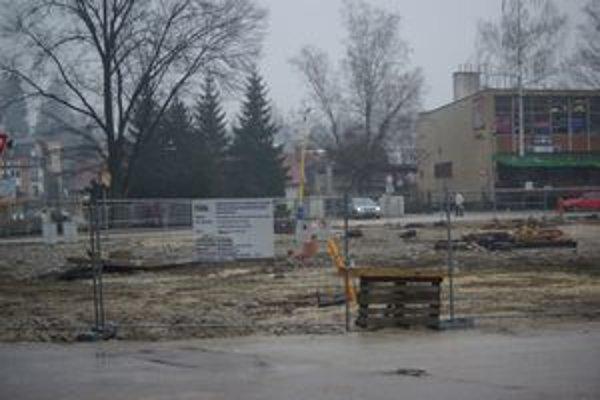 Budúce námestie, bývalá autobusová stanica.