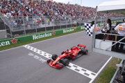 Nemecký jazdec F1 na Ferrari Sebastian Vettel triumfoval na Veľkej cene Kanady.
