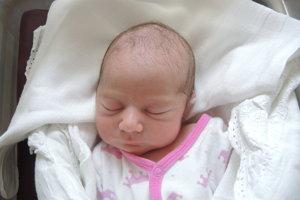 Adela Križanová (2750 g, 48 cm) sa narodila 14. júna Adele a Jurajovi z Ivanoviec.
