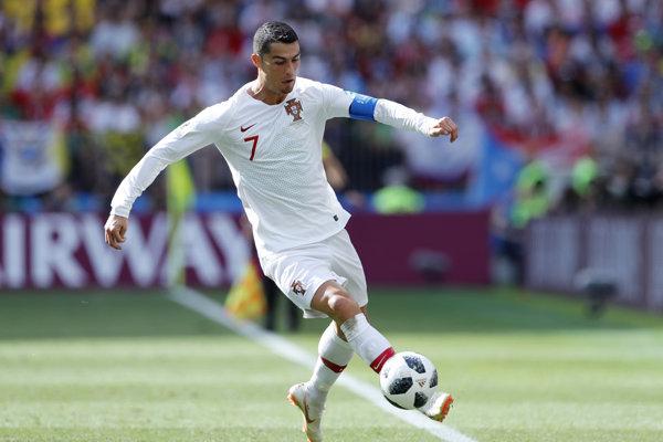 Cristiano Ronaldo v národnom drese.