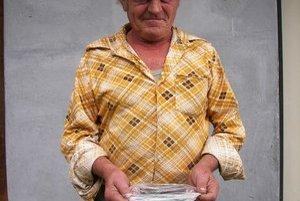 Peter Hulín je vášnivým hubárom už odmalička. Rozoznáva všetky druhy húb. Naučil ho to jeho starý otec.