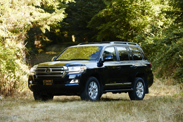 Prezident Afganistanu jazdí na Toyote Land Cruiser J200. Je pancierový a nemá evidenčné číslo.