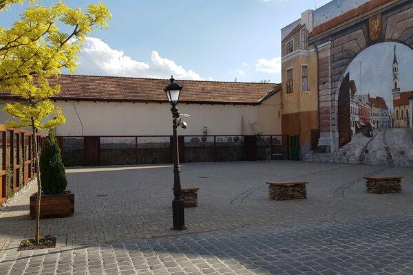 Radničné námestie v Lučenci.