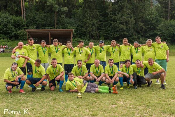 TJ Jablonové, víťaz futbalovej súťaže II. DOXXbet trieda dospelí, sezóna 2017/2018.