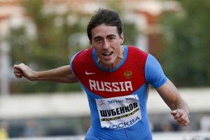 V behu na 110 m prek. rozdrvil konkurenciu Rus s vizitkou neutrálneho atléta Sergej Šubenkov.