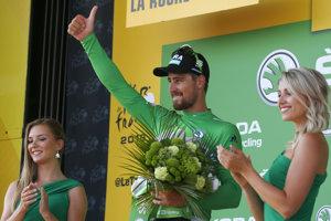Peter Sagan v zelenom drese po druhej etape Tour de France 2018.