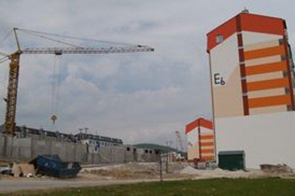 Bytová výstavba by sa na sídlisku Hájik mala budúci rok zastaviť.