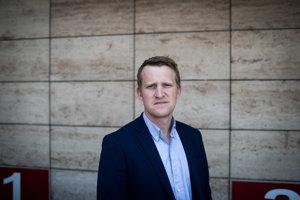 Hlavný poradca a Vedúci oddelenia zahraničných programov v Behavioural Insights Team Luke Ravenscroft.