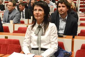 Lekárka Iveta Fulková sa pri podávaní priznania spoľahla na ekonómku, priznáva nezrovnalosti.