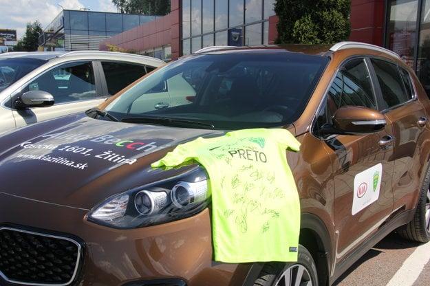 Autá budú využívať futbalisti, tréneri aj zamestnanci klubu.