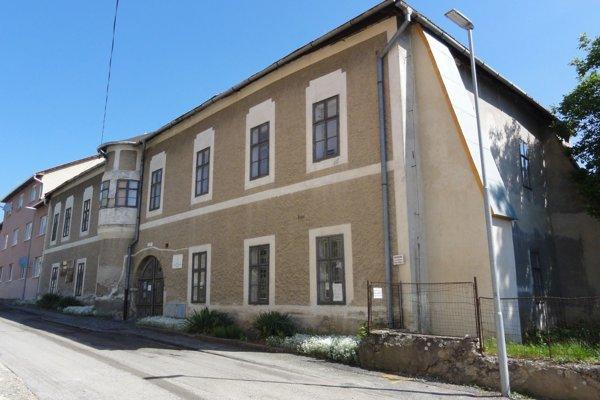 Múzeum Andreja Sládkoviča v Krupine.