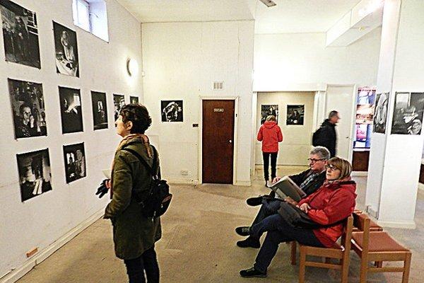 Autorovu expozíciu za týždeň navštívilo viac ako päťsto nadšencov.