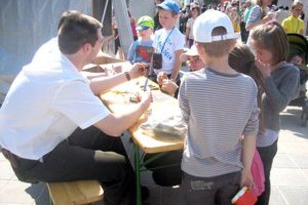 Na ekologickom jarmoku sa deti nielen prezentovali, ale aj niečo nové naučili.