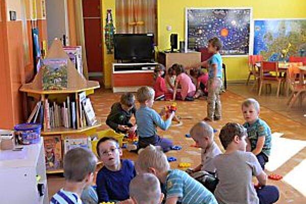 Pribúda detí, v škôlke pribudne ďalšia trieda.
