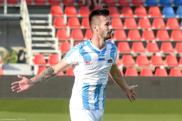 Tomáš Vestenický na jar v drese FC Nitra dokázal, že patrí medzi elitných zakončovateľov. Pod Zoborom bude pokračovať.