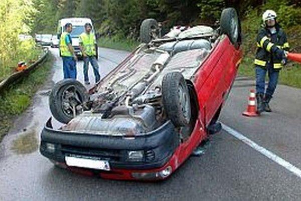 Vodič vyviazol s ľahším zranením.