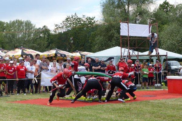 Muži zo Šalkovej bojovali ako draci.