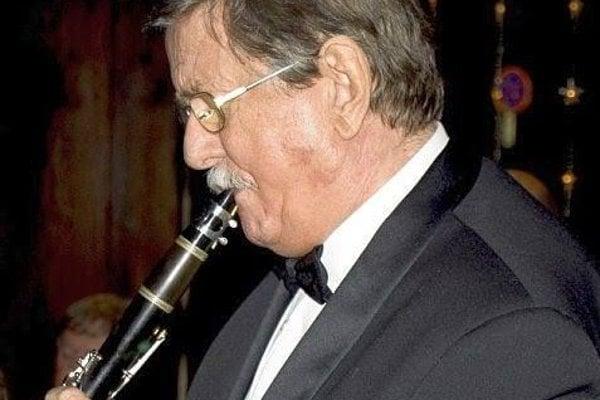 Hudba bola jeho celoživotným koníčkom.