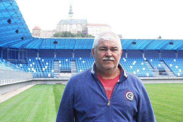 Predseda predstavenstva FC Nitra Marián Valenta verí, že mužstvo sa dostane do prvej šestky.