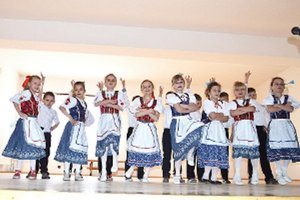 O kultúrny program sa postarali aj najmladší Beňadovčania.