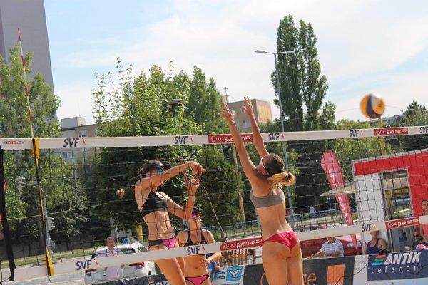 Na Terase sa konali majstrovstvá Slovenska v plážovom volejbale.