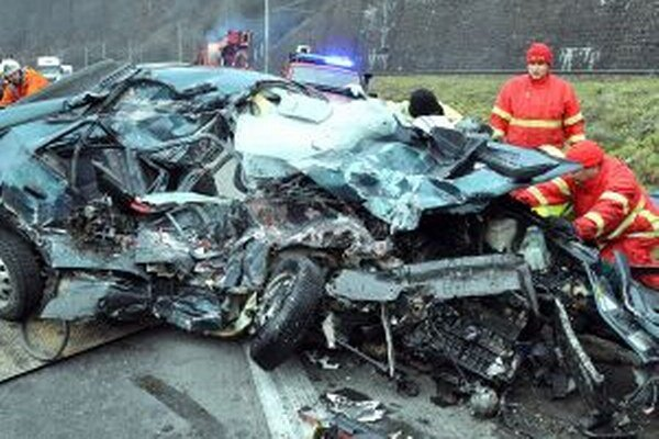 Polícia chce mimoriadnymi kontrolami znížiť nehodovosť.