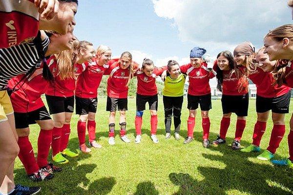 Bzinské futbalistky budú hrať v novom ročníku v druhej lige Východ.