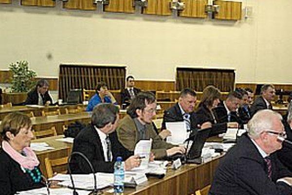 Po komisiách a mestskej rade sa diskutovalo aj na zasadnutí zastupiteľstva.