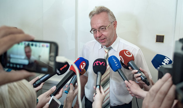 Prokurátor Úradu špeciálnej prokuratúry Ján Šanta po skončení pojednávania o prepustení Mariana Kočnera na slobodu 1. augusta 2018.