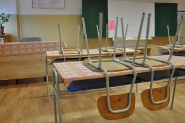 Väčšina tried ostala vo štvrtok prázdna.