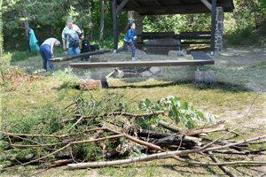 Košičania majú aj v tomto čase k dispozícii na opekačky vynovené ohniská v Ťahanovskom lesoparku, Bankove a Furči.